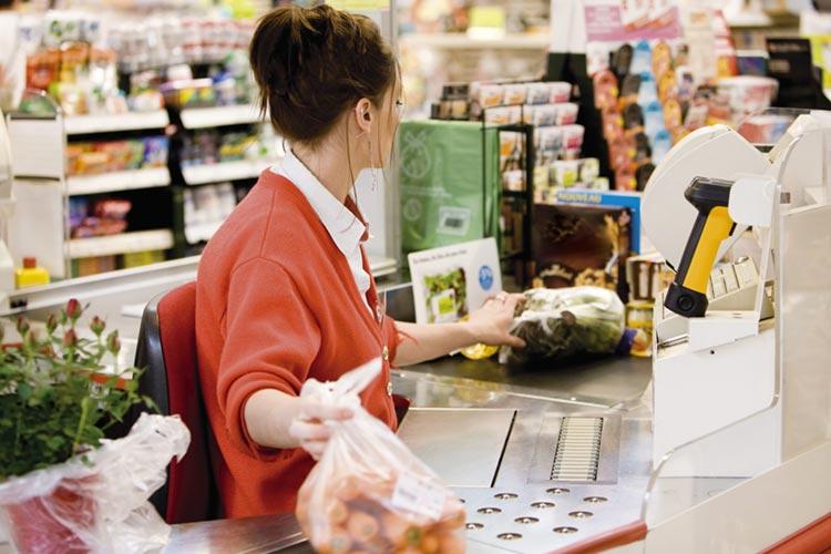 addetti_cassa_supermercato_articolo